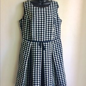 Black  White Polka Dot Dress Taylor Woman Size 16W